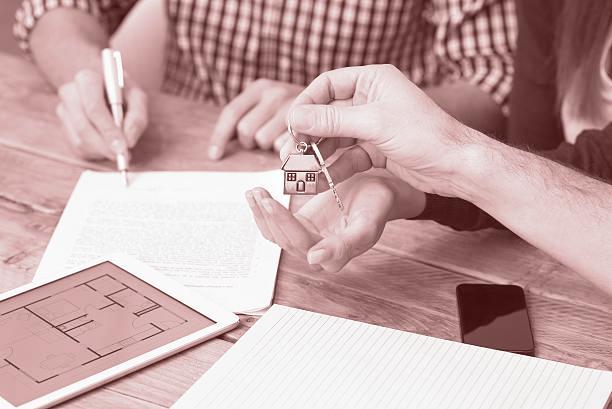 Защо трябва да подпишете предварителен договор, когато закупувате или продавате имот?